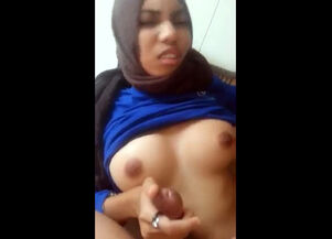 Shemales with huge tits